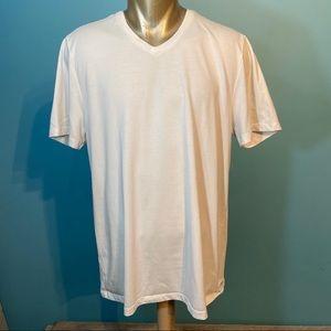 Perry Ellis men's white t-shirt